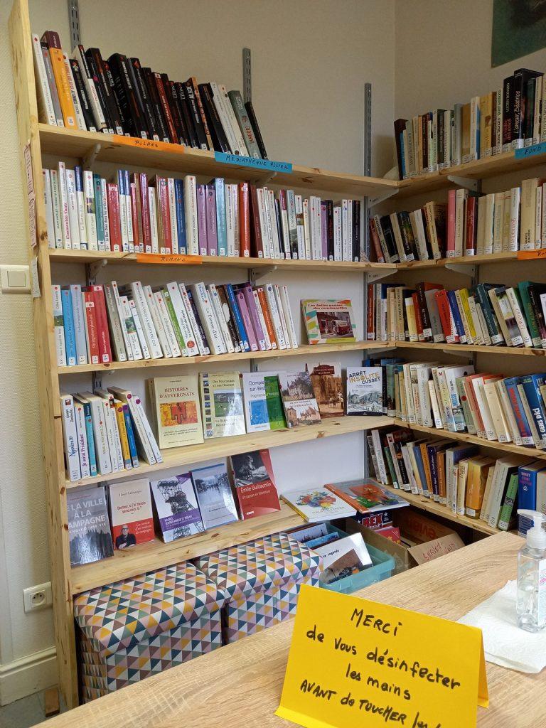 bibliothèque de la commune de la Chapelaude